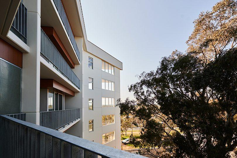 Lumi balconies