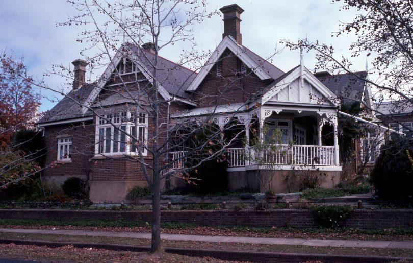 Exterior of home at 44 Montague Street, Goulburn.