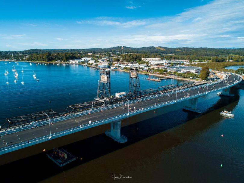 Aerial photo of new Batemans Bay bridge