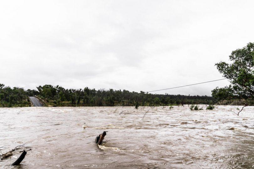 Flooded Shoalhaven River at Bombay, near Braidwood.