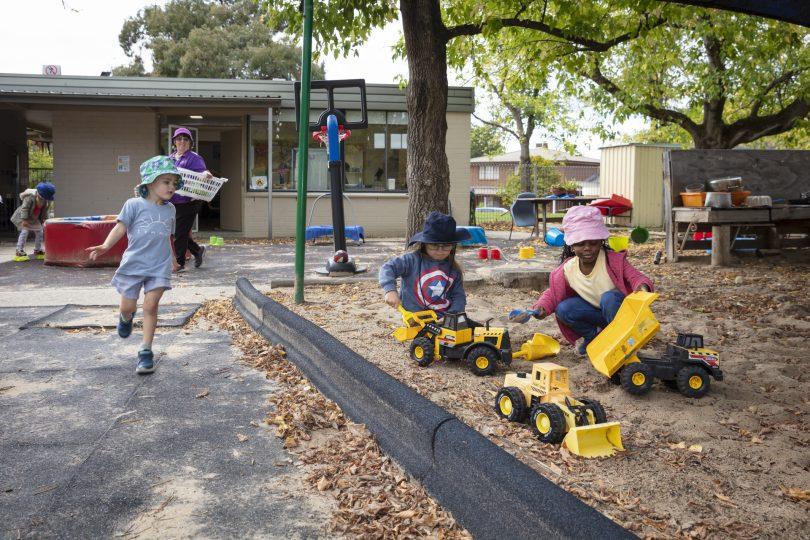 Children playing in yard at WCS Evatt Preschool