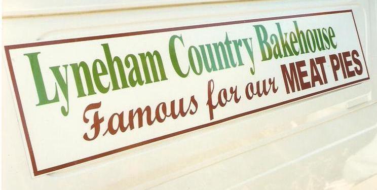 Lyneham Country Bakehouse sign