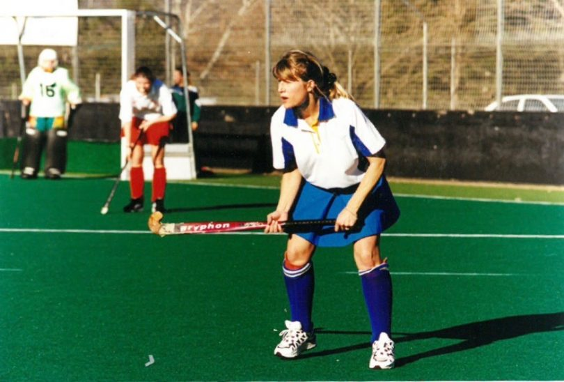 Robin Duff playing hockey
