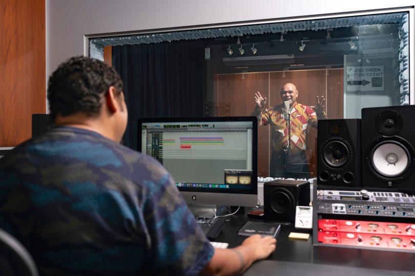 Will Kepa and Uncle Joe Geia in Yil Lull studio at ANU