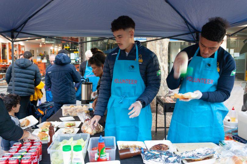 Brumbies preparing food