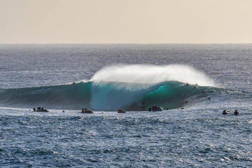Big wave breaking on NSW South Coast