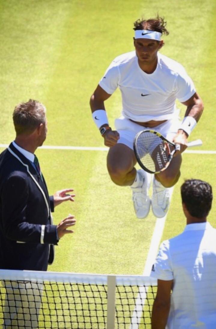 John Blom at Wimbledon with a jumping Nadal