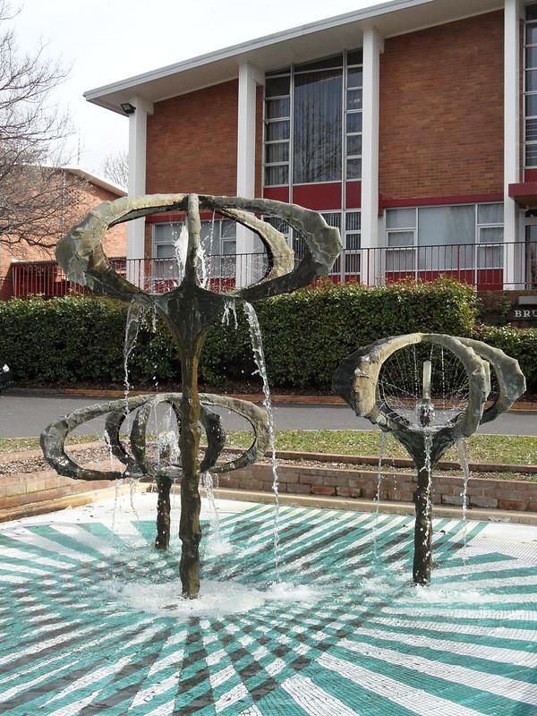 Bert Flugelman water sculpture outside Bruce Hall, ANU.
