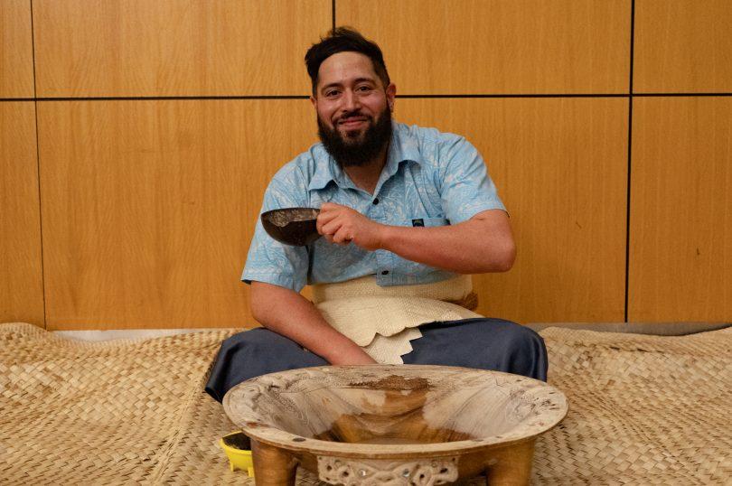 Tupz Takiari with a kava bowl