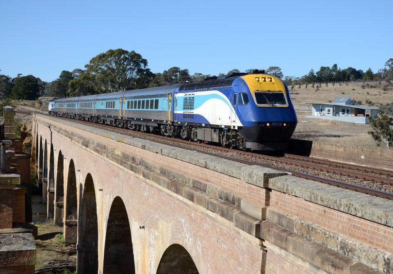XPT train crossing Carrick Bridge