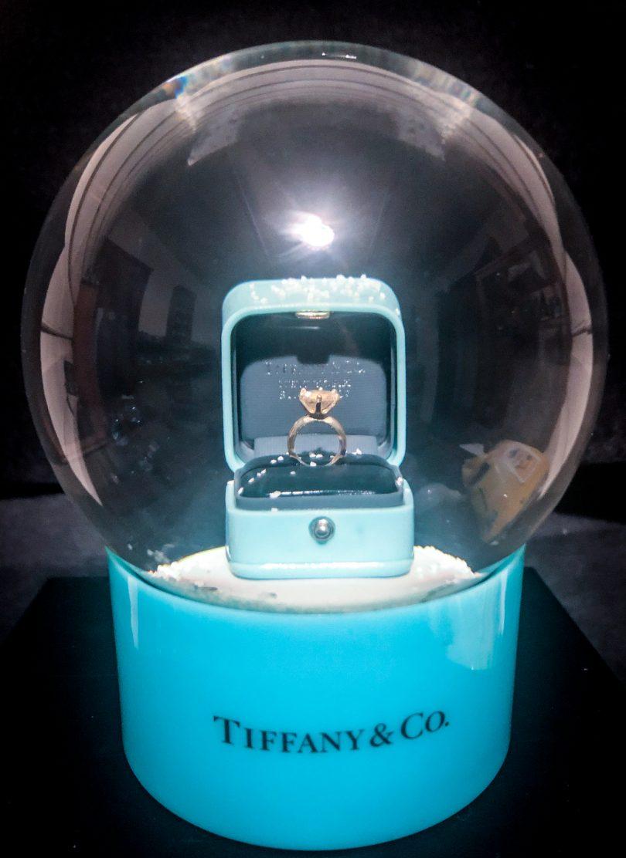 Tiffany & Co snowdome
