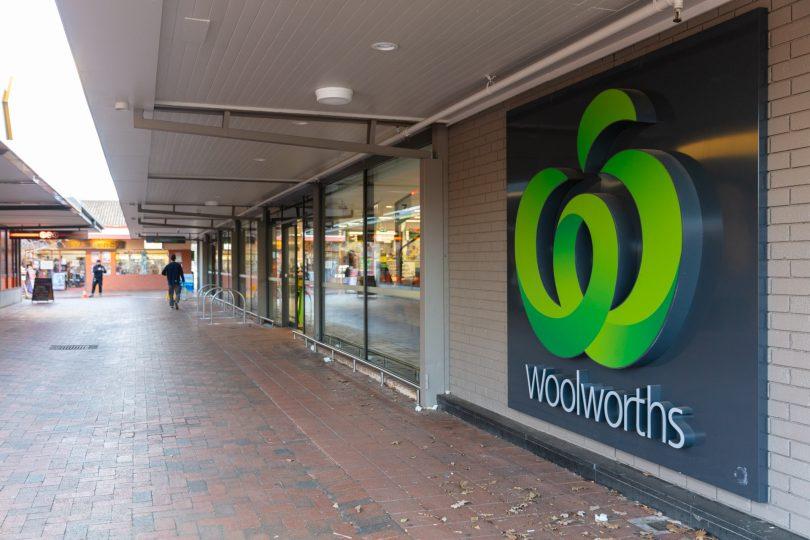 Woolworths, Dickson