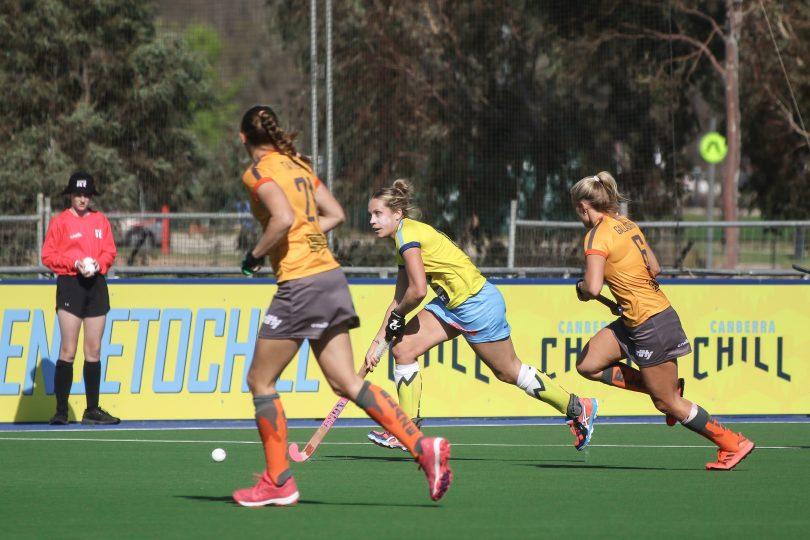 Edwina Bone playing for Canberra Chill