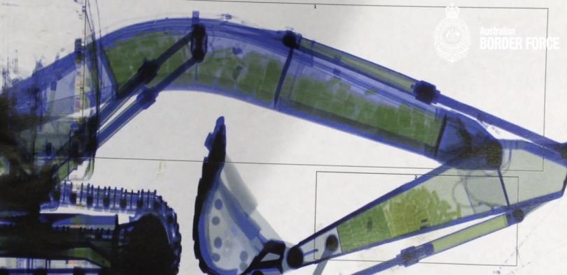 X-ray test of the excavator