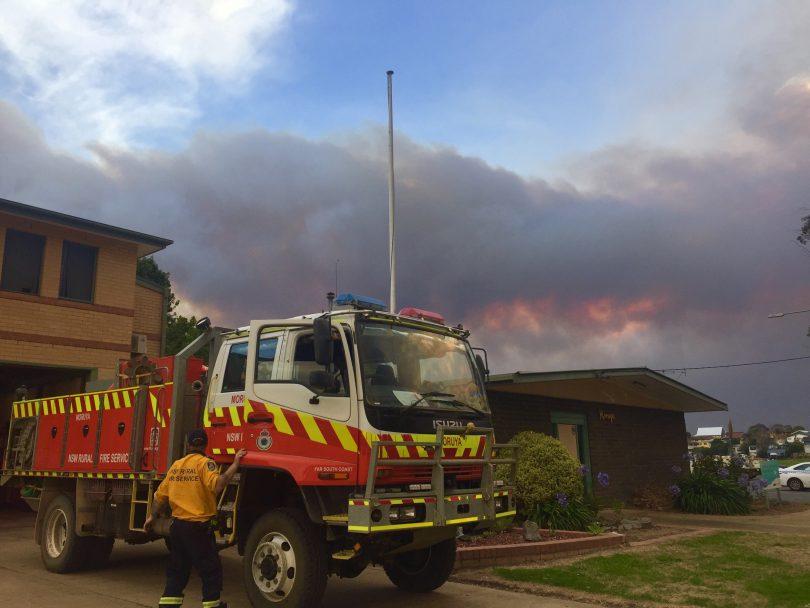 Fire truck in Moruya during bushfire on New Year's Eve 2019.