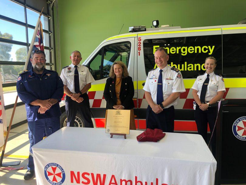 Wendy Tuckerman and David Dutton with local paramedics and staff at Yass Ambulance Station.