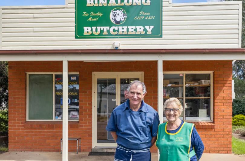 Mick Dal Santo and his wife, Lillian, outside Binalong Butchery