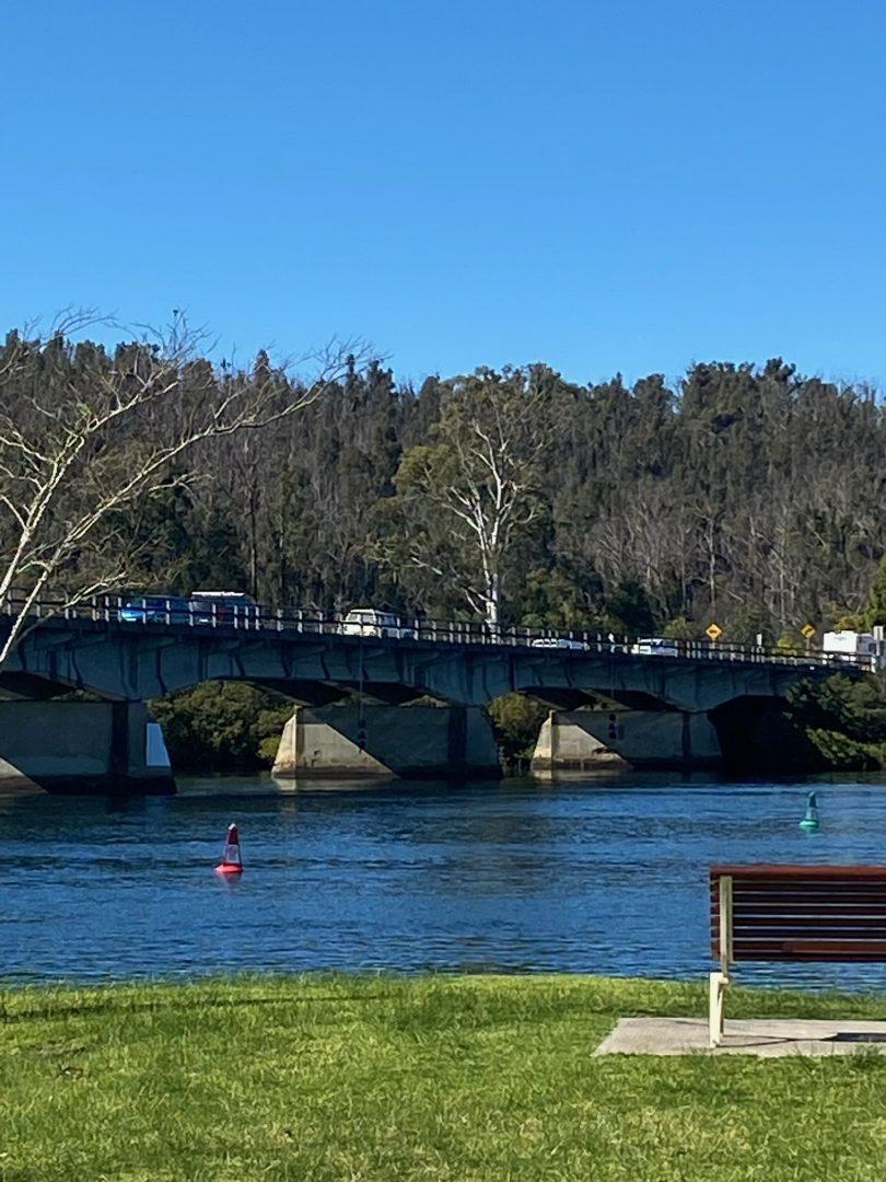 Heavy traffic on Nelligen Bridge