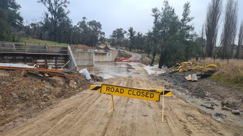 Peelwood Road at Peelwood Creek is closed due to flooding